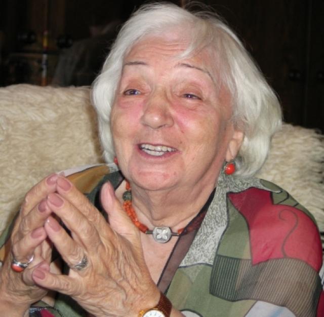 Народная артистка СССР, режиссер-постановщик и сценарист Татьяна Лиознова в день своего 80-летия. 2004 год