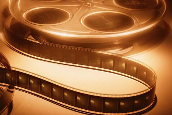 Кино, как способ арттерапии. Психологи советуют смотреть хорошие фильмы.