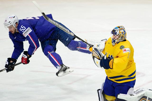 Матч сборных Швеции и Франции на ЧМ-2015 по хоккею