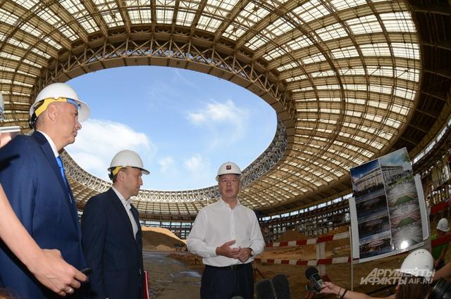 Реконструкция стадиона «Лужники», 2014 год