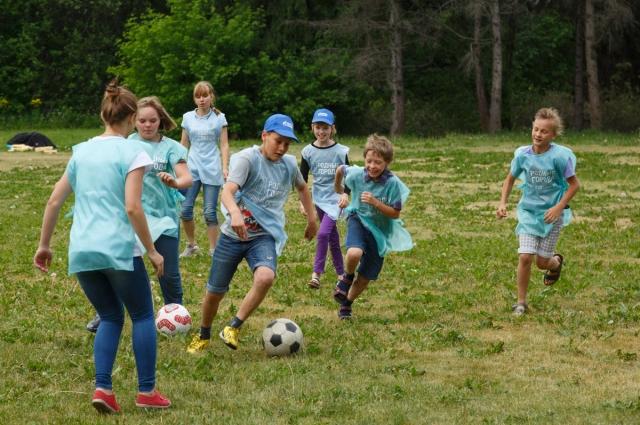 В соревнованиях приняли участие более 400 детей.