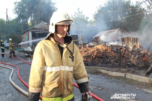 Официально пострадали 25 домов, но очевидцы говорят, что их количество гораздо больше.