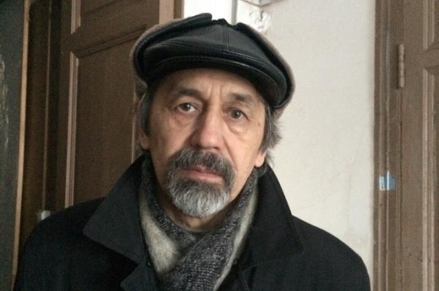 Известный в Пскове художник Эдуард Шарипов