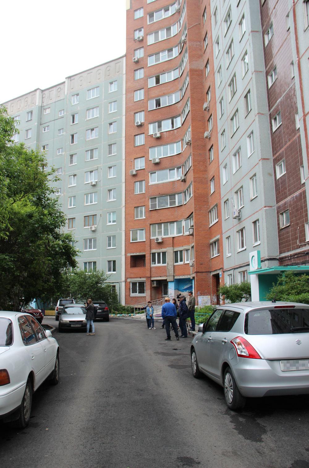 Жители домов на Никифорова радуются обновлённым дорогам.