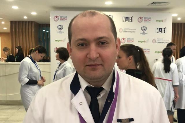 Врач-невролог Андрей Воробьев работает в ковидном корпусе с мая