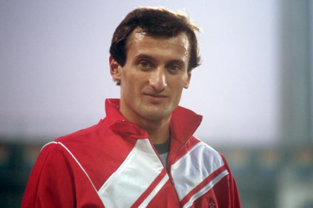 Роберт Эммиян (АССР) чемпион и рекордсмен Европы по прыжкам в длину