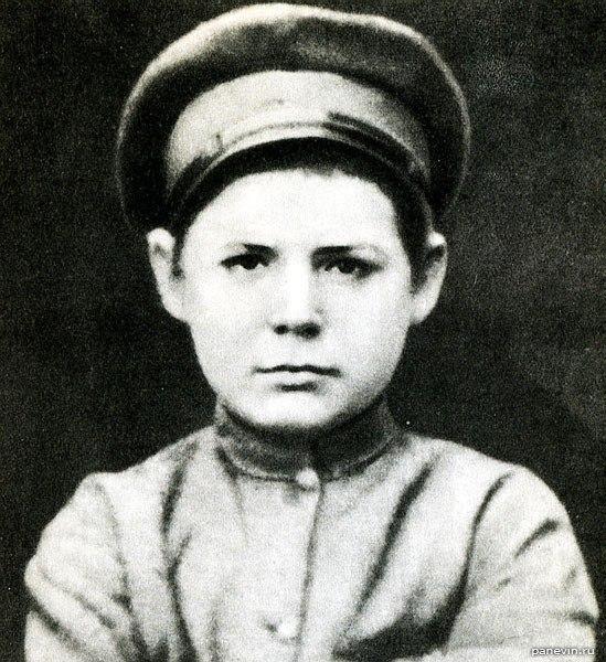 Киров в детстве