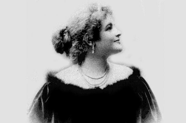 Известной Надежда Александровна стала именно под псевдонимом Тэффи.