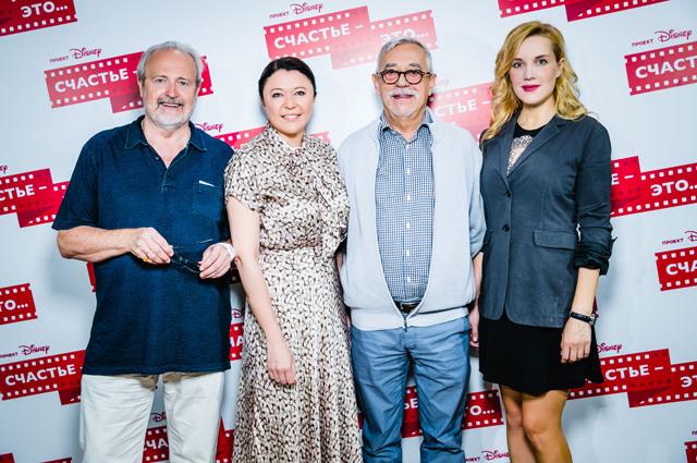 Члены жюри проекта «Счастье — это ...»: Владимир Хотиненко, Марина Жигалова-Озкан, Владимир Грамматиков, Оксана Карас.