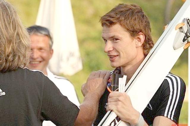 Денис Корнилов может покупать билет в Пхёнчхан.