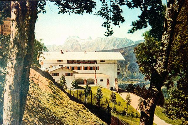 Резиденция Гитлера Бергхоф в баварских Альпах.