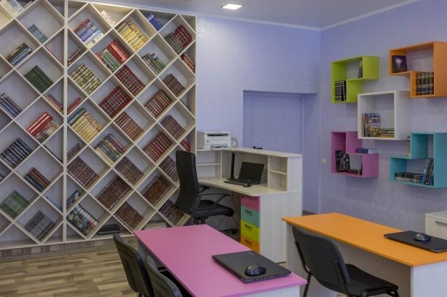 Мультимедийная зона представляет из себя отдельное пространство для индивидуальной работы с информацией.
