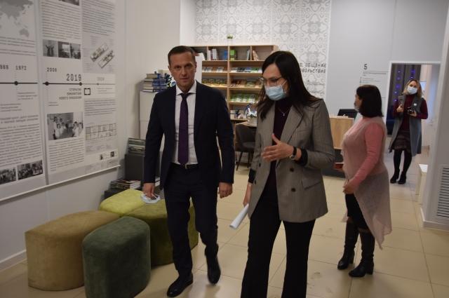 Глава города напомнил, что библиотека им. Ямашева преобразовалась за счёт федеральных и муниципальных средств.