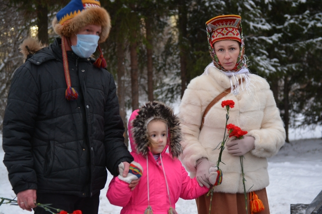 Потомки оленеводов со всего Кольского края приезжают в Мурманск, чтобы поклониться памяти своих героев.