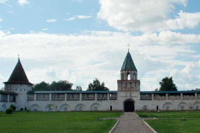 Башни и стены Нового города Ипатьевского монастыря