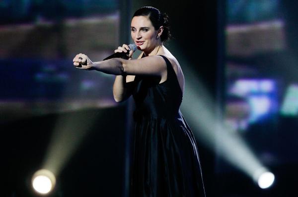 Певица Елена Ваенга выступает на праздничном концерте, посвященном 50-летию Государственного Кремлевского дворца