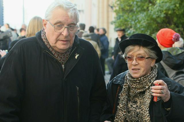 Басилашвили и Фрейндлих играют в одном театре и поддерживают хорошие отношения  в жизни.