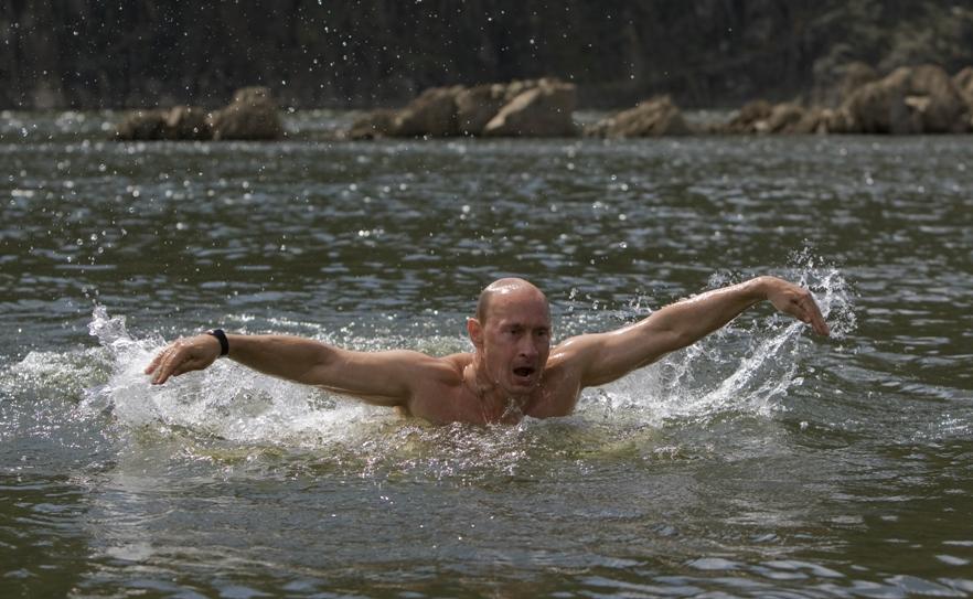 Отдых на родине Президента России В. Путина в стиле баттерфляй.