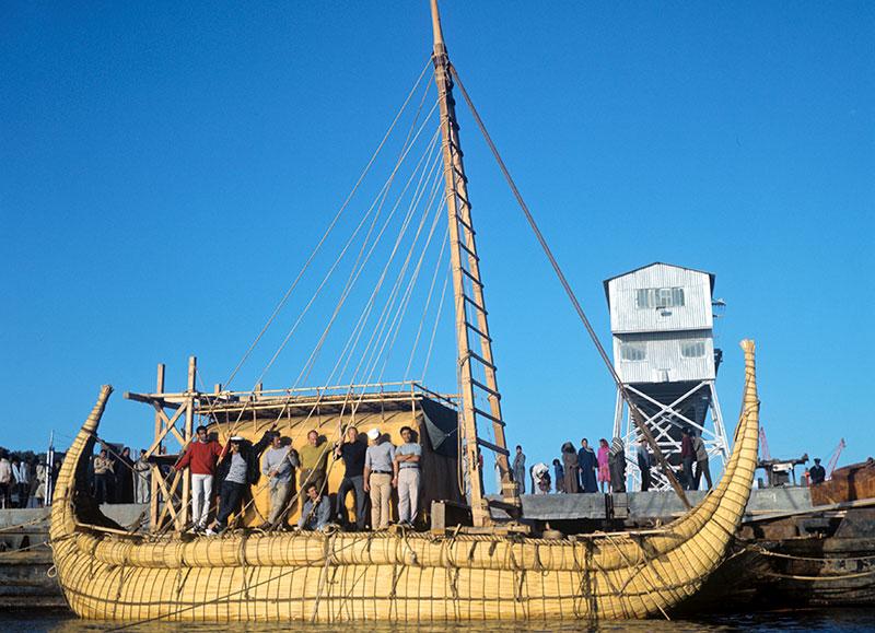 Экипаж папирусной лодки Ра-2.