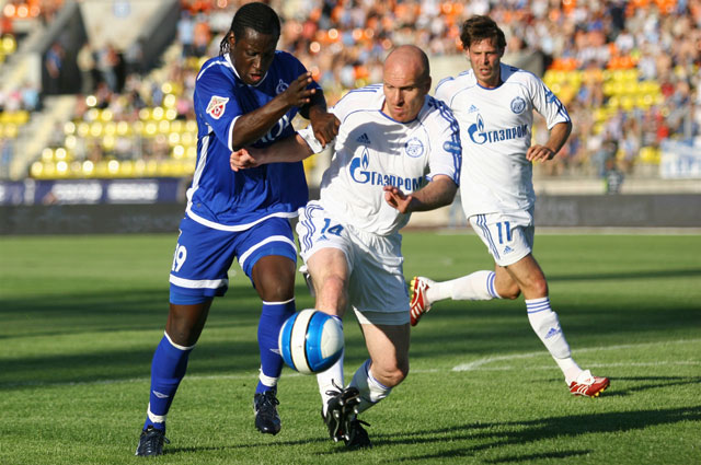 Эрик Хаген в матче с ФК Динамо . 2007 год