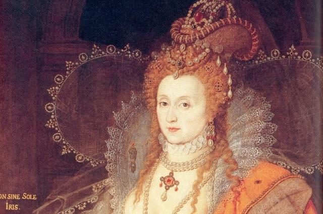 Елизавета I масками из перекиси водорода отбеливала лицо.