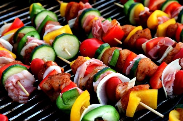 Блюда на гриле сегодня можно готовить не только на открытом огне.