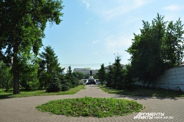 Некрополь на этом месте был одним из старейших в нашем городе.