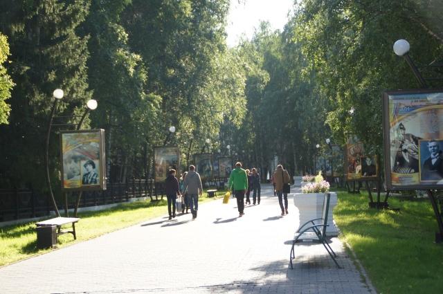 В Ханты-Мансийске очень много зеленых зон, которые ежегодно обрабатываются от клещей