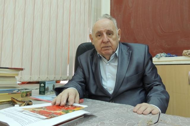 Юрий Лепёхин считает, что нужно поднимать престиж учителя математики