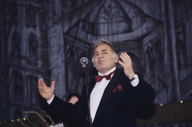 Кинорежиссер Эмиль Лотяну на кинофестивале в Баку. 1999 год.
