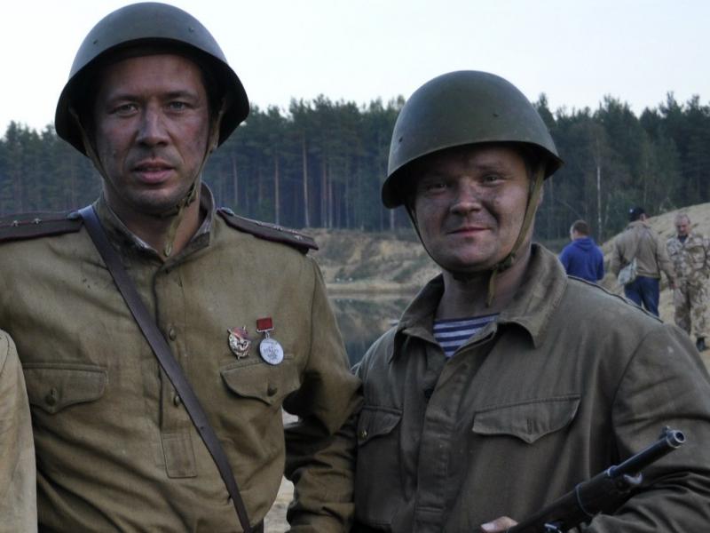 Вместе с Андреем Мерзликиным Георгий снялся в роли красноармейца.