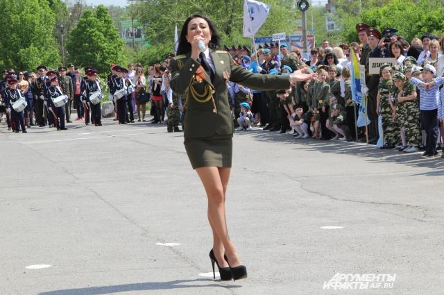 Работа для девушек в армии новосибирск подольск работа свежие вакансии для девушек