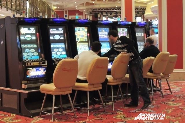 В казино Азов-сити нет никакого дресс-кода.
