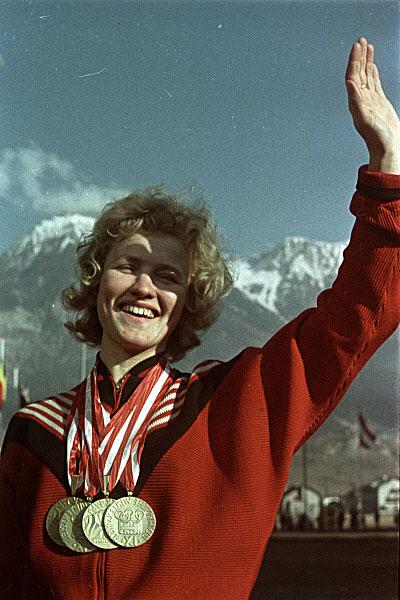 Выдающаяся советская конькобежка Лидия Скобликова. 1964 год