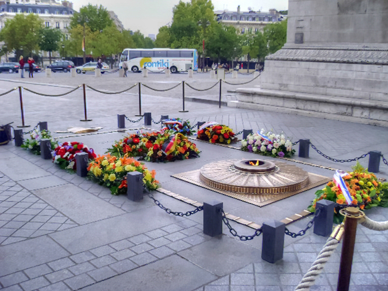 Могила Неизвестного солдата. Париж.