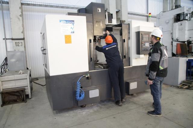 На площадку малой механообработки уже поступили новые обрабатывающие центры.