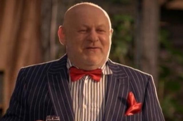 В популярном украинском сериале «Сваты» актер исполнил роль сельского олигарха Евгения Борисовича Жука.