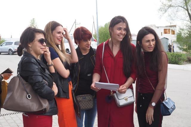 Девушки с удовольствием принимали участие в конкурсе.