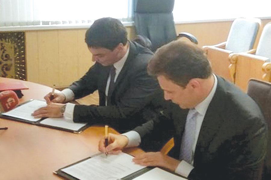 Александр Ганов и Сергей Наливайко подписали соглашение о сотрудничестве между Тамбовской областью и Республикой Беларусь.