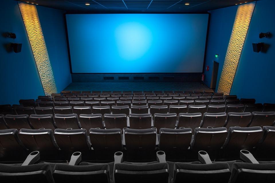 Фильмы приятно смотрет ькак шумной компанией, так и в одиночестве.