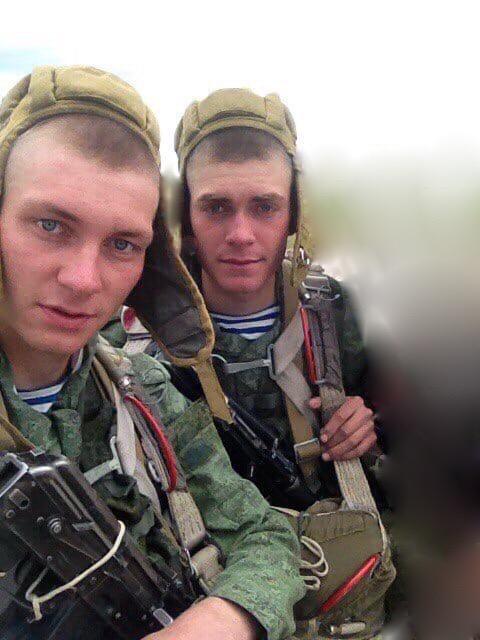Илья и Никита Потякины вместе служили вармии.