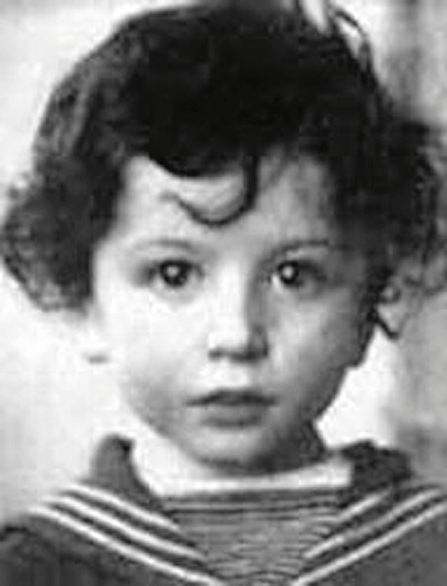 Александр Розенбаум в детстве.
