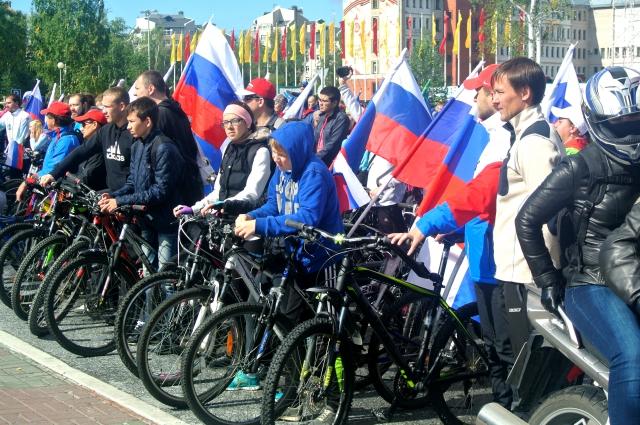 Праздничная программа начнется с патриотического мото-велопробега