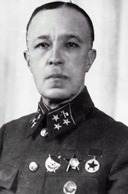 Генерал Дмитрий Карбышев