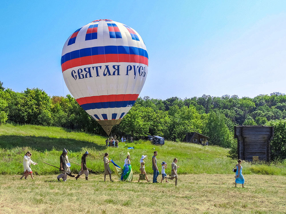 Воздушный шар «Святая Русь».