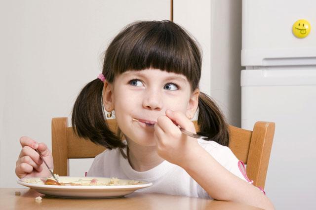 Особенно важно следить за балансом йода в организме ребенка.