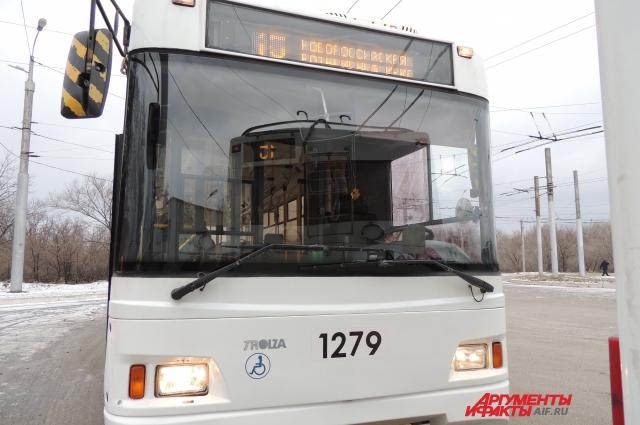 Печально известный маршрут троллейбуса № 15 в Волгограде.