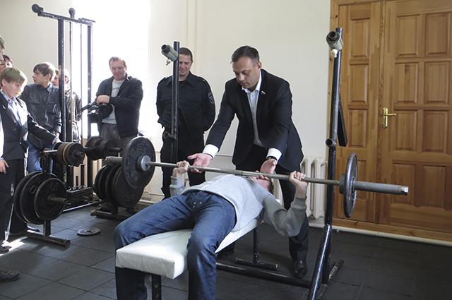 Дмитрий Никулин уверен, чтобы добиться чего-то, надо начать с себя.