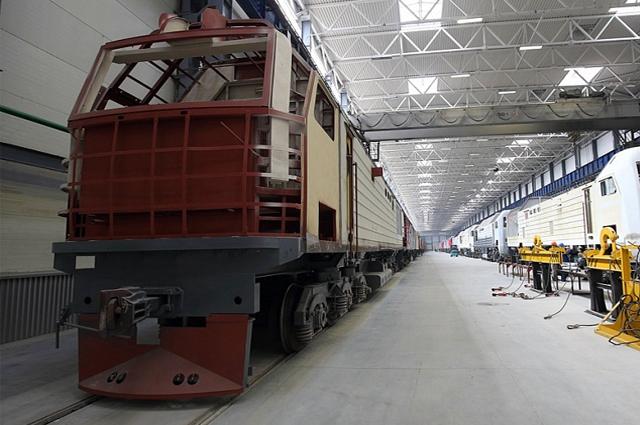 Любовь к механизмам привела Евгению Тарасову на завод, а труд принёс первую серьёзную награду.