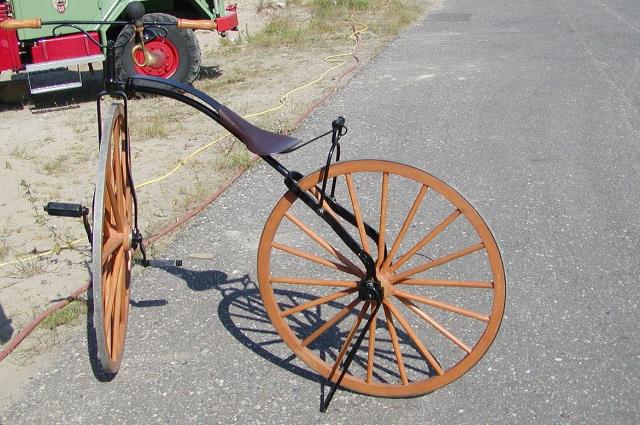 Образец велосипеда 1870 года.